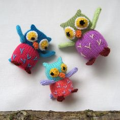 PATTERN for Owl Family  knitted toy  INSTANT DOWNLOAD  PDF email by toyshelf, $3.95 OWL SIZES  Father Owl – 12cm (5in) Mother Owl – 10.5cm (4.5in) Baby Owl – 8.5cm (3.5in)