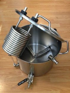 Mash, Boil and Chill with this Heat-O-Matic brew kettle – Brewing Equipment Beer Brewing Kits, Brewing Recipes, Beer Recipes, Homebrew Recipes, Make Beer At Home, How To Make Beer, All Grain Brewing, Beer Label Design, Home Brewery