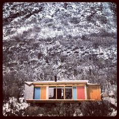 1950's -Aspen get away designed by Architect Gordon Chadwick. Kind of perfect. Going in the weekend house file. #design