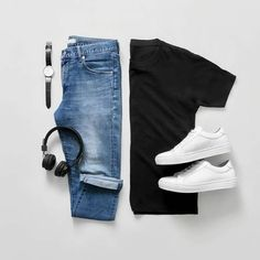 Effortless men's fashion outfit combination black fitted t-shirt l denim jeans l white sneakers shoes Style Outfits, Mode Outfits, Casual Outfits, Fashion Outfits, 2000s Fashion, Fashion Tips, Stylish Men, Men Casual, Mode Man