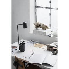 Buddy table lamp from Northern Lighting. Console, Pots, Best Desk Lamp, Unique Desks, Pot A Crayon, Large Lamps, Bedroom Lamps, Led Lampe, Ideas