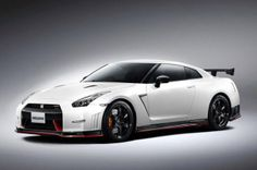 2015 Nissan GT-R Nismo to pack 595 hp, lap Nürburgring in 7:08. http://aol.it/1f8N1Fx  @Nissan #nissanGTR #GTR