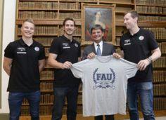 Kooperation von FAU und dem HC Erlangen: Die FAU und der führende bayerische Handballverein werden in der Zukunft ihre Zusammenarbeit intensivieren und weiter ausbauen. (Bild: FAU/Harald Sippel)