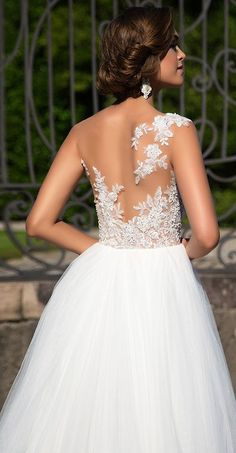 Milla Nova Bridal 2017 Wedding Dresses laysy2 / http://www.deerpearlflowers.com/milla-nova-2017-wedding-dresses/16/