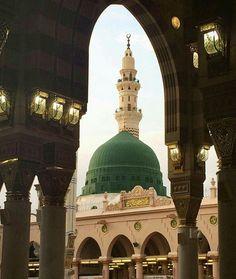 Mecca Madinah, Mecca Masjid, Masjid Al Haram, Islamic Images, Islamic Pictures, Ramadan, Medina Mosque, Green Dome, Islamic Status