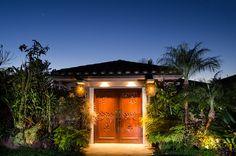 Photography by Dustin Ellison of residential gardens in Del Mar, CA.