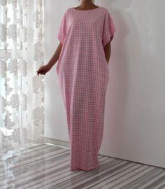 Pink Caftan, Maxi dress, Plus size dress, Plus size clothing, Oversized dress, Spring Summer dress by cherryblossomsdress on Etsy https://www.etsy.com/listing/215031441/pink-caftan-maxi-dress-plus-size-dress