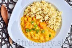 Cícerové kari s batátmi v kokosovom mlieku - FitRecepty Types Of Food, Tofu, Macaroni And Cheese, Curry, Good Food, Food And Drink, Vegetarian, Fitness, Cooking