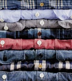 various chambray shirts Fashion Mode, Look Fashion, Mens Fashion, Fashion Outfits, Fashion News, Estilo Country, La Mode Masculine, Camisa Polo, Well Dressed Men