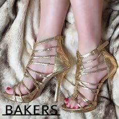 ✔️BAKERS Gladiator Gold Sexy Sandals ✨✨✨✨✨✨✨✨✨✨✨✨✨✨✨ Sexy gladiator sandals size 6.5. Worn twice. Very good condition. No box. Snakeskin embossed leather. Bakers Shoes Sandals