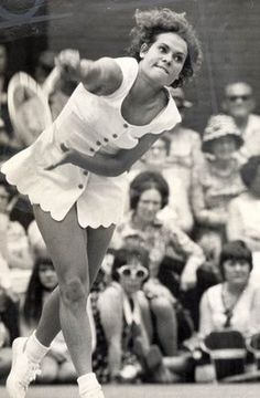 Goolagong at Wimbledon - why do people seem not to remember this wonderful woman and tennis player, she was fab!