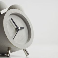 12 – Concrete Alarm Clock HOBBY:DESIGN