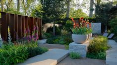 Chelsea Flower Show 2010, last one I went to, always a great day out.