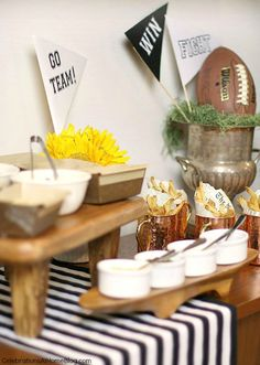 Host a stress free football party, or homegating party with these tips and inspirational images. Party Food For Adults, Easy Party Food, Free Football, Football Humor, Soccer Humor, Football Food, Football Shirts, Fantasy Football Names, Adult Birthday Party