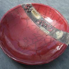 Poterie raku, assiette de couleur lie de vin de la collection jodhpur