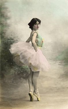 Vintage ballet beauty - colorized
