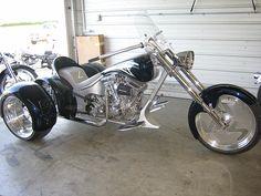 Motorcycle Paint Jobs, Bobber Motorcycle, Cool Motorcycles, Vw Trike, Trike Kits, Drift Trike, Custom Trikes, Custom Harleys, E Quad