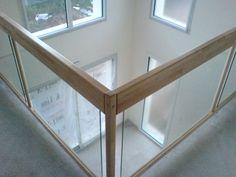 Escaliers Deparis 77 - escaliers en bois sur mesure ile de france Fabrication et pose.contemporain - garde-corps verre