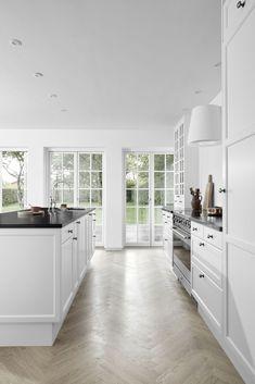 Kitchen Interior, Kitchen Design, Interior Decorating, Interior Design, Cozy House, My Dream Home, Home Kitchens, House Plans, Sweet Home