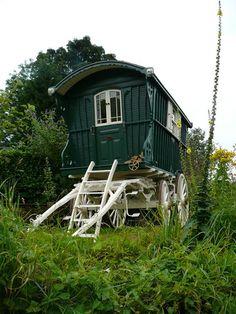 Justice Eves Historic 1906 Sumertown Caravan, Gypsy Waggon, Shepherds Hut | eBay