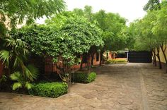 Contamos con vigilancia privada en nuestras instalaciones para tu tranquilidad y comodidad. ¡Visítanos! Narhuaca te espera...
