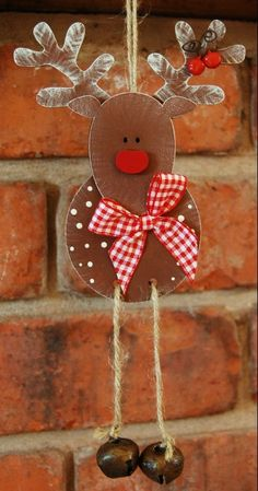 Arts And Crafts Hobbies Christmas Wood Crafts, Diy Christmas Ornaments, Christmas Art, Christmas Projects, All Things Christmas, Holiday Crafts, Christmas Decorations, Wooden Reindeer, Diy Crafts