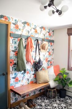 Home Decor – Entryway : *BrightGreenDoor* Modern Mudroom Reveal, Mudroom with Wallpaper, Mudroom with Cement Tile -Read More – - Decor Interior Design, Interior Decorating, Diy Design, Design Ideas, Pinterest Home, Bench Designs, My Living Room, Home Decor Accessories, Mudroom