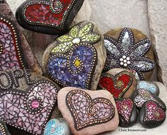 Mosaic Garden Stones Love the mirrored one!