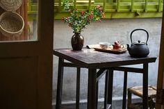 茶事贵四心  等待的耐心,过程的细心  沏茶的专心,品味的静心  有心有茶  心到,茶到,倒好茶,茶亦道