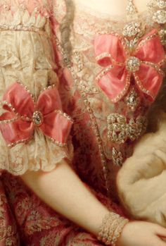 Detail from painting of Marie Christine de Habsbourg Lorraine (sister of Marie Antoinette) circa 1765 18th Century Dress, 18th Century Fashion, 17th Century, Historical Costume, Historical Clothing, Rococo Fashion, Vintage Fashion, Rococo Style, Classical Art