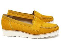 Chaussures Femme Mocassins Printemps Eté 2015 Maurice Manufacture BATHILDE Cuir poil ras jaune soleil - Chevre velours jaune soleil