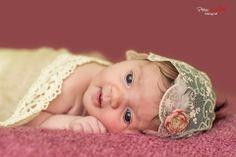 Newborn photography - novorodenci Newborn Photography, Crochet Hats, Face, Newborn Baby Photography, Faces, Newborn Pictures, Facial, Newborn Photos