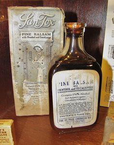 Victorian, medicine bottle (Pine Balsam) Menthoyl and Eucalyptus Old Medicine Bottles, Antique Bottles, Vintage Bottles, Bottles And Jars, Vintage Advertisements, Vintage Ads, Vintage Medical, Medical History, Old Ads