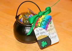 Life with the Depews: St. Patrick's Day Treats with Halloween caldrons Teacher Treats, Classroom Treats, School Treats, St Paddys Day, St Patricks Day, St Pattys, Teacher Appreciation Gifts, Teacher Gifts, Employee Appreciation
