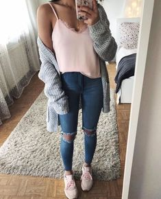 Cute Winter Outfits for Going Out Teenage Outfits, Teen Fashion Outfits, College Outfits, Mode Outfits, Outfits For Teens, Fashion Ideas, Back To School Outfits Highschool, Spring Outfits For Teen Girls, Cute Winter Outfits