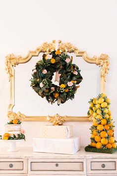 Christmas tree and wreath made with citrus fruit | Photography: Thompson Photography Group