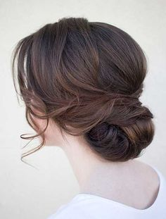 Indian Wedding Hairstyles: What to Know Beyond the Obvious A soft, updo for a welcome night/sangeet/ Indian Wedding Hairstyles, Bride Hairstyles, Hairstyles 2016, Romantic Wedding Hairstyles, Bridesmaid Updo Hairstyles, Classy Updo Hairstyles, Romantic Updo, Classic Hairstyles, Easy Hairstyles