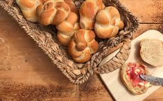 Frühstückssemmerl - Backen mit Christina Bread N Butter, Garlic, Dairy, Cheese, Vegetables, Food, Baking Tips, Pastries Recipes, New Recipes
