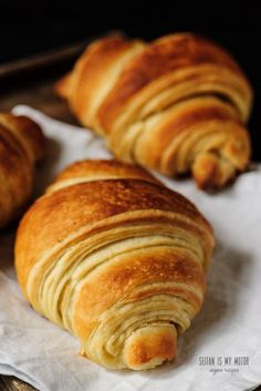 vegan croissants wit