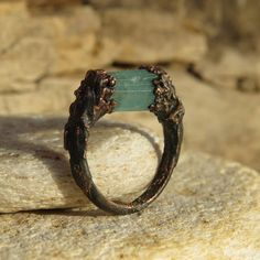Raw blue tourmaline ring Copper electroformed by LaurelinJewelry