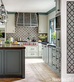 Inspiration! Blue and white luxury kitchens are a classic favorite. See some beautiful examples, today, on Hadley Court!