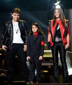 Michael Jackson's kids - Prince Michael Jackson, Blanket Jackson and Paris Jackson.