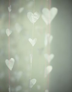 Valentine's day garland #VDay #OliviaGarden #BeautyTools