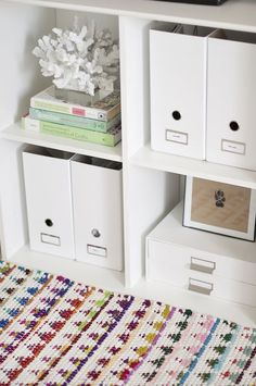 Sarah Dickerson Office Tour // office space // styling // organization // photography by @Sarah {Chic Sprinkles}