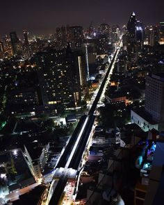 #bangkok #thailand #octaverooftop #view #beautiful #amazing #picoftheday #discover #discovernewplaces #travel #seeightseeing… Bangkok Thailand, Times Square, Amazing, Places, Travel, Beautiful, Instagram, Viajes, Destinations