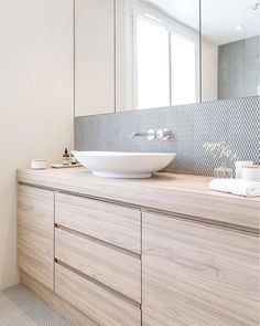 minimalist simple bathroom,