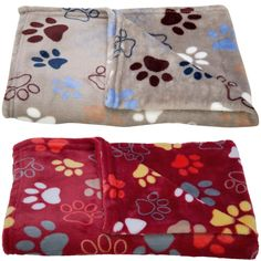 Bundle up your pup! This cozy fleece blanket is perfect for covering your pooch's favorite piece of furniture, laying in the crate, or simply spread on the floor.