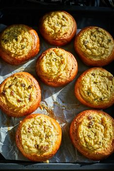 Ökörszem | Street Kitchen Muffin, Food And Drink, Bread, Street, Breakfast, Kitchen, Tej, Foods, Cakes