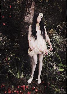 Ophelia Korean Vogue Girl