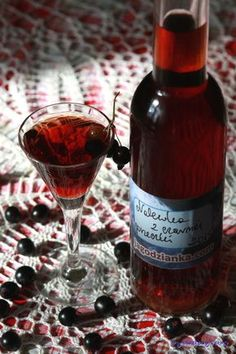 Wine Drinks, Alcoholic Drinks, Red Wine, Glass, Bowls, Drinkware, Alcoholic Beverages, Liquor, Alcohol Mix Drinks